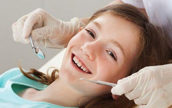 Copii au tot mai multe probleme dentare