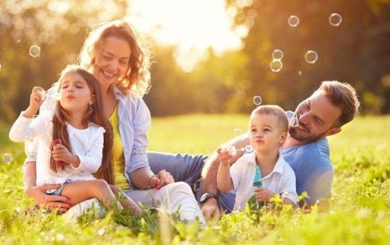Afla ce este terapia FCS - familie, cariera, societate