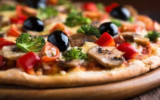 Mihaela Bilic iti spune cum sa mananci pizza pentru a nu te ingrasa