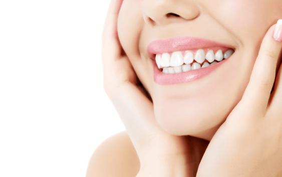 implanturi dentare pret