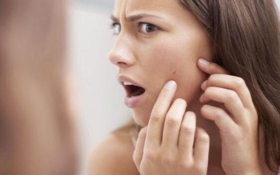 Obiceiuri de make-up care dauneaza