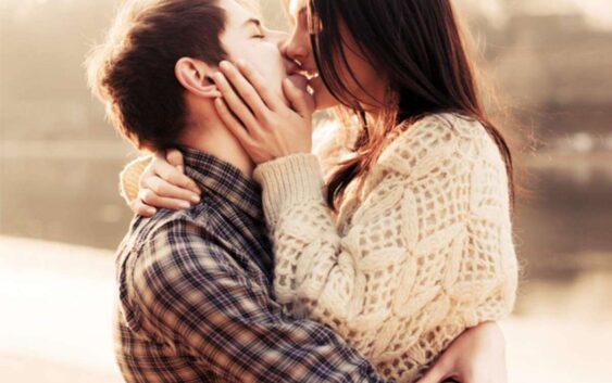 Cum poti construi increderea in tine si pozitivitatea in cuplu