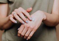 Cum ne îngrijim mâinile zi de zi?