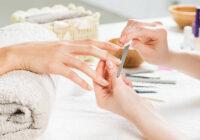 Aveți unghii fragile și exfoliate?